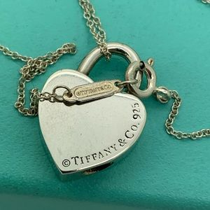 Tiffany&co 925 Lock Pendant On 16 Inches Chain